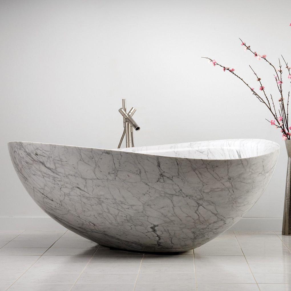 Ванна оригинальной формы из литьевого мрамора