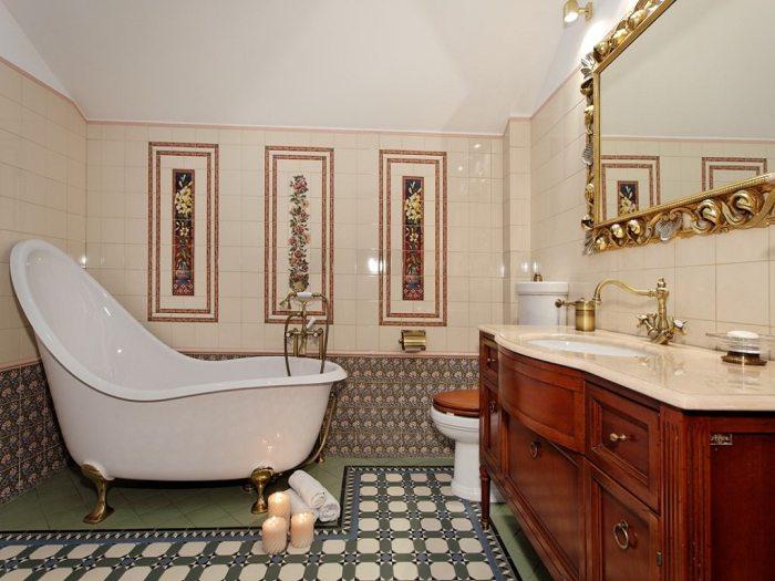 Отделка классической ванной.
