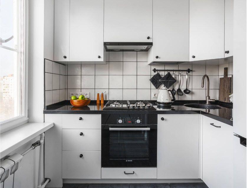 Встраиваемая техника в интерьере компактной кухни