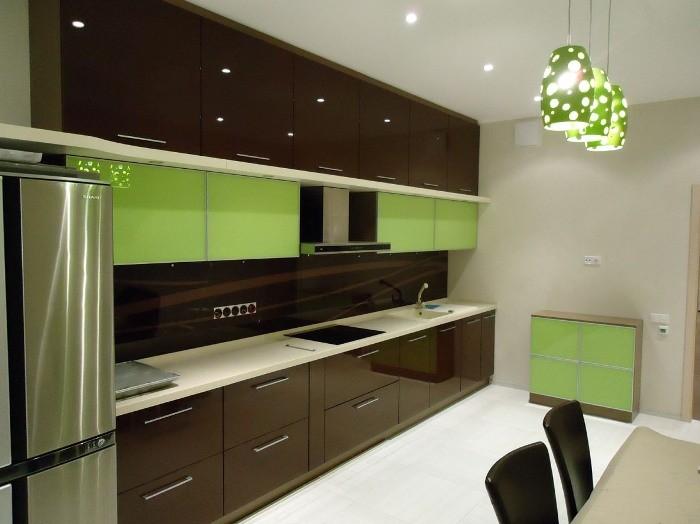 Декор зеленой кухни.