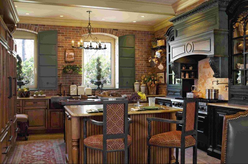 Кухня с островом в стиле английского кантри