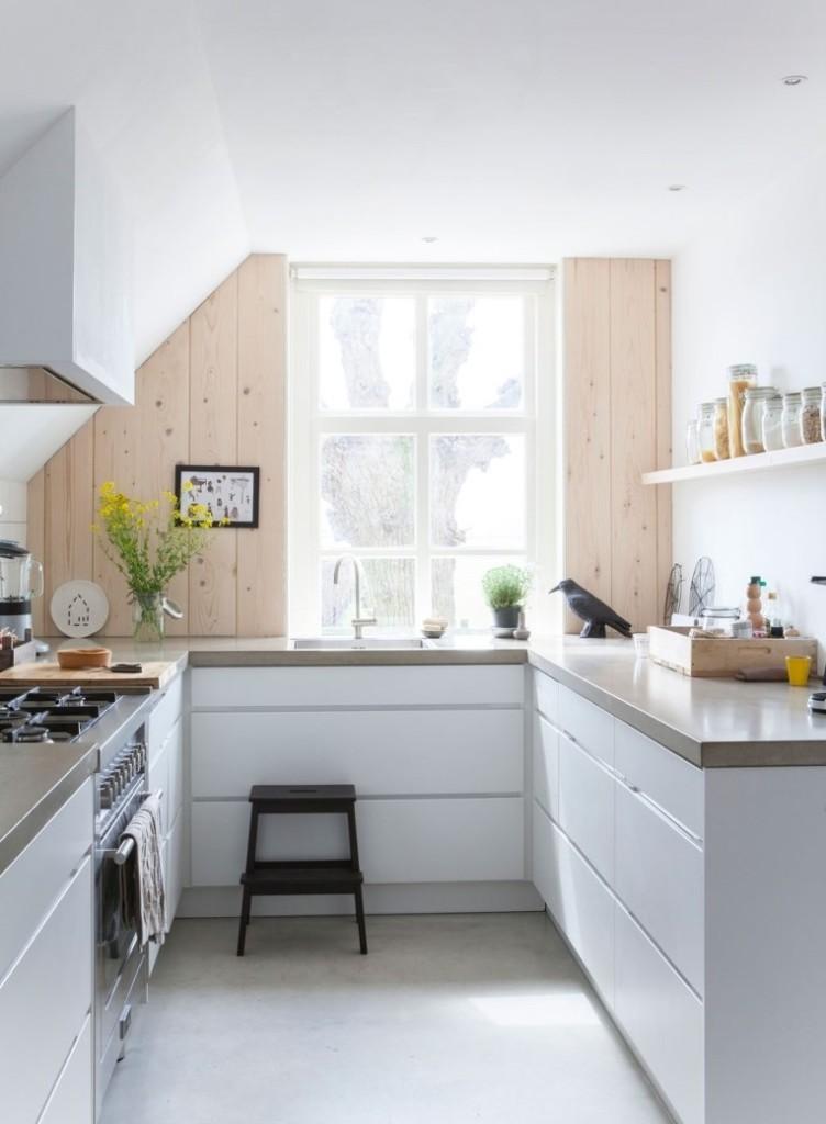 П-образный гарнитур в стиле модерн в маленькой кухне