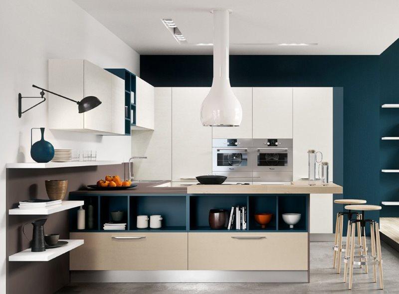Белая вытяжка на кухне в стиле хай-тек