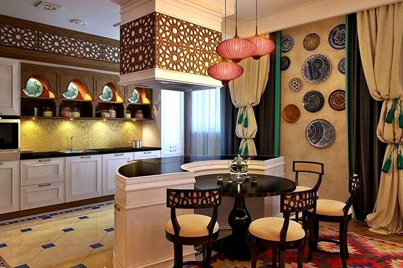 Дизайн кухни в восточном стиле с бежевыми стенами