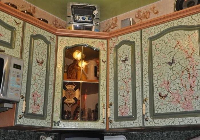 Фасады кухонного гарнитура после декупажа своими руками