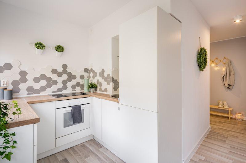 Деревянные столешницы П-образного кухонного гарнитура
