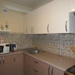 Кухонный гарнитур с контрастными фасадами
