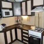 Черно-белые фасады кухонного гарнитура