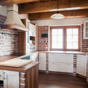Кирпич в интерьере современной кухни