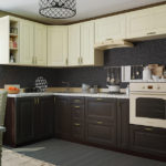 Угловая кухня с деревянной мебелью