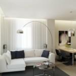 Угловой диван с белой обивкой