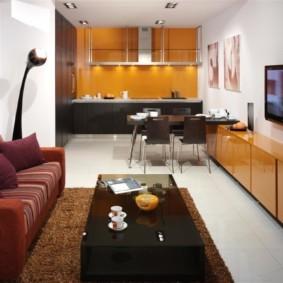Глянцевые фасады современной мебели