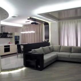 Угловой диван в интерьере стиля хай-тек