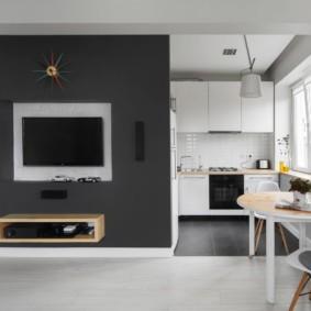 Серо-белый интерьер кухни-гостиной
