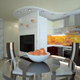 Белая чашка с яблоками на кухонном столе
