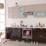 Прямой гарнитур для кухни в современном стиле