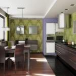 Зеленые обои на стене кухни