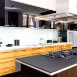 Газовая плита в кухонном острове