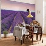 Лавандовые поля на фотообоях в кухне