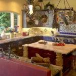 П-образная кухня в деревенском стиле