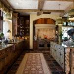 Состаренные фасады кухонной мебели