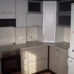 Кухонная мебель с местом для газовой колонки
