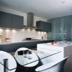 Серые фасады кухонного гарнитура