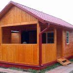 Деревянная летняя кухня закрытого типа