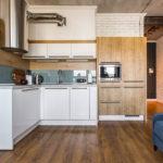 Угловая планировка рабочей зоны кухни-гостиной