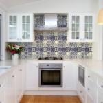 Мозаика на кухонном фартуке из керамики