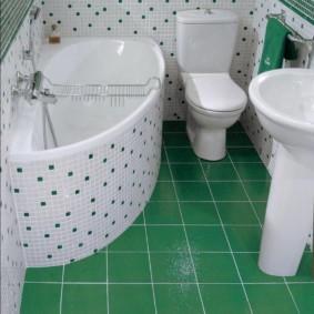 Белые швы между зелеными плитками