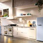 Линейная кухня без навесных шкафов