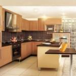 Кухонный фартук из коричневой плитки