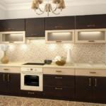 Прямая кухня с контрастными фасадами