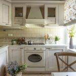Г-образная кухня в стиле прованс