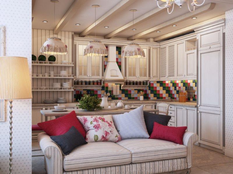 Разноцветные подушки на диване в кухне-гостиной