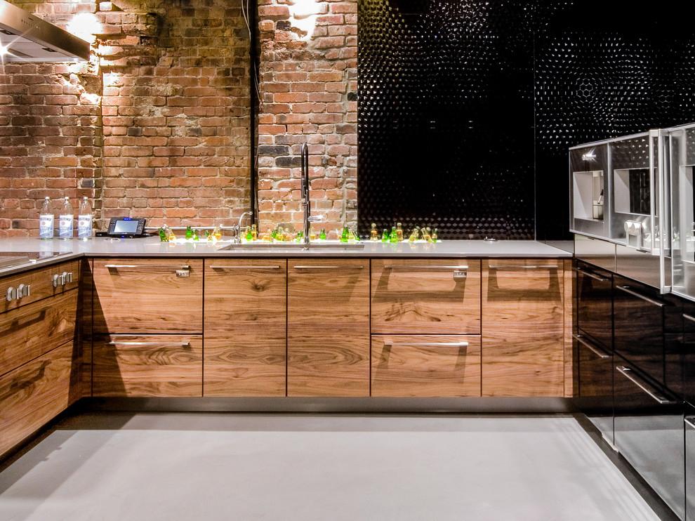 Кирпичная отделка стен кухни в индустриальном стиле