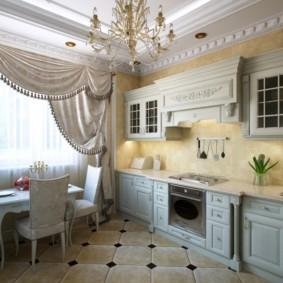 Шторы с ламбрекеном на окне кухни