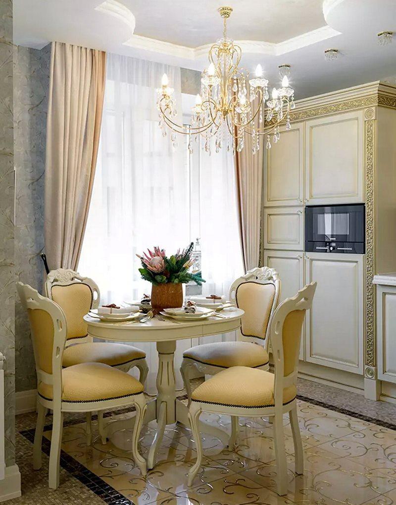 Обеденная зона кухни-гостиной в стиле классики