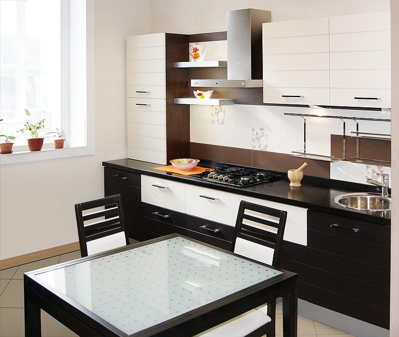 Дизайн кухни с комбинированными фасадами