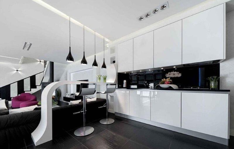 Белый гарнитур в кухне-гостиной стиля хай-тек