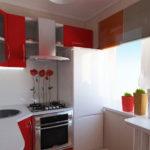 Красно-белый гарнитур для современной кухни