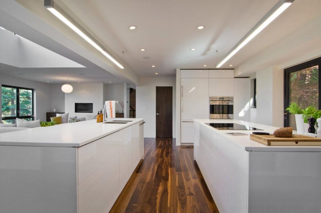 Дизайн просторной кухни в стиле модерн