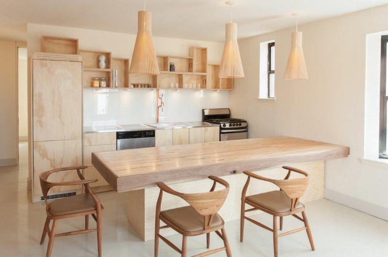 Деревянная мебель в кухне эко-стиля
