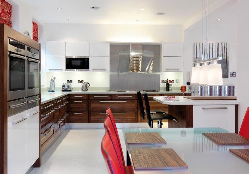 Дизайн просторной кухни в стиле авангард