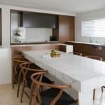 Кухонные стулья со спинками из дерева