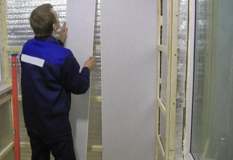 Монтаж пластиковых панелей на обрешетку из реек