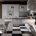 Черно-белый пол из керамической плитки