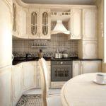 Дизайн маленькой кухни с деревянной мебелью