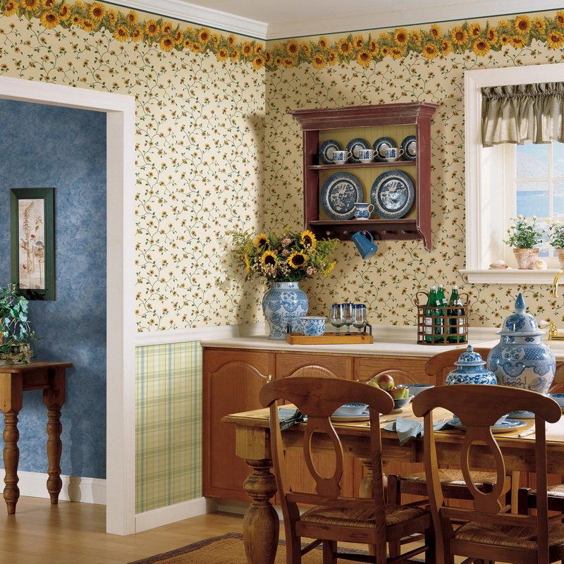 Цветочные обои в интерьере кухни